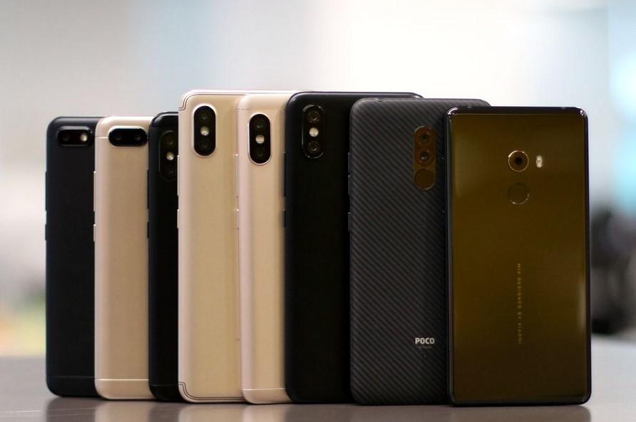 Berbagai klasifikasi smartphone (triciafountaindesign.com)
