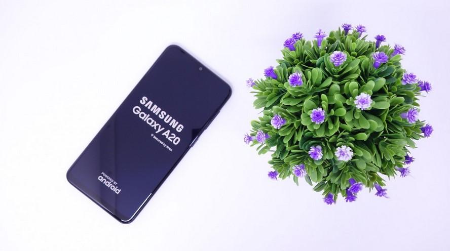 HP Samsung Galaxy A20 (Gadgetren)