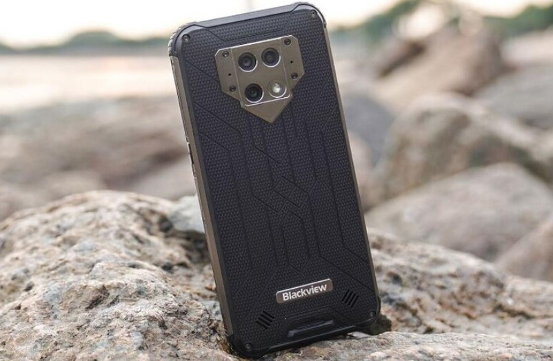 Review Blackview BV9800 (NotebookCheck)
