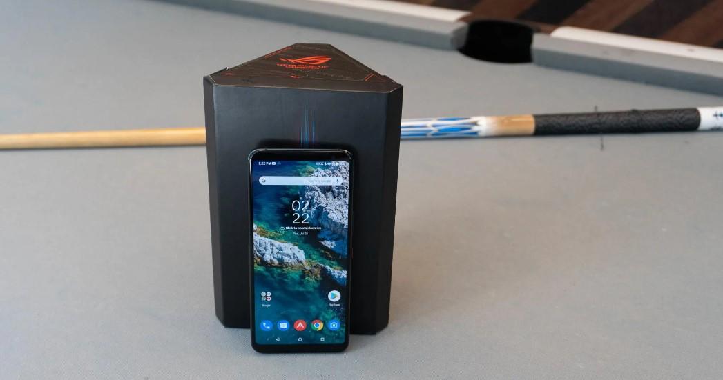 Harga ROG Phone 3 terbaru (PCMag)