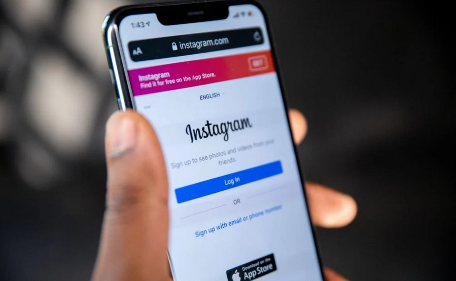 Cara mengubah warna chat Instagram (HITC)